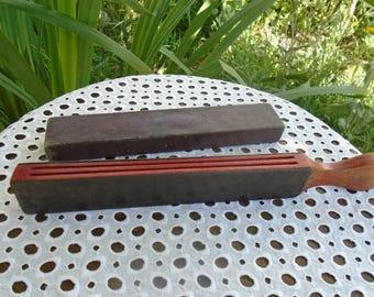 Sharpener - grinder - vintage cut throat razor Sharpener and its case - 30's