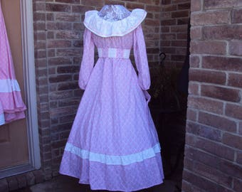 Prairie pink Damask print Prairie Party dress and bonnet, size 10 pioneer dress, Southern Belle