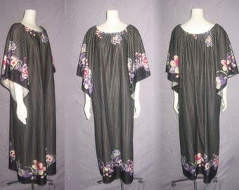 Vintage Vertical Stripe Floral Border Print Lounge Wear Hippie Boho Caftan Dress
