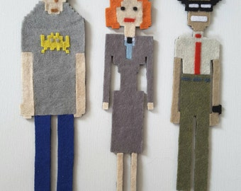 IT Crowd set of 3 pixelated character magnets - Roy, Moss and Jen