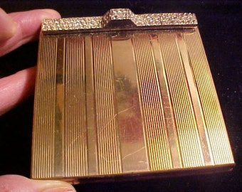 Vintage VOLUPTE Compact Rhinestone Diamond GLAMOUR Girl Clasp  Good