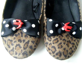 ♥ polka dots and swallows shoe clips ♥