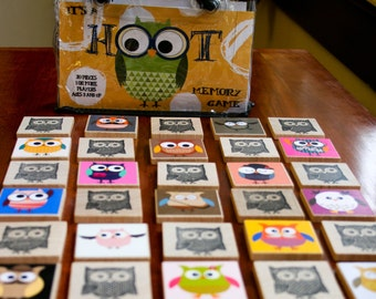 It's a Hoot Memory Game - An owl matching game - 30 square pieces