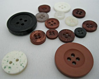 Bag of Buttons, Sewing Buttons, Scrapbooking Buttons, Scrapbooking Ideas, Card Making Ideas, Eyelets, Haberdashery Supplies, Sewing Notions