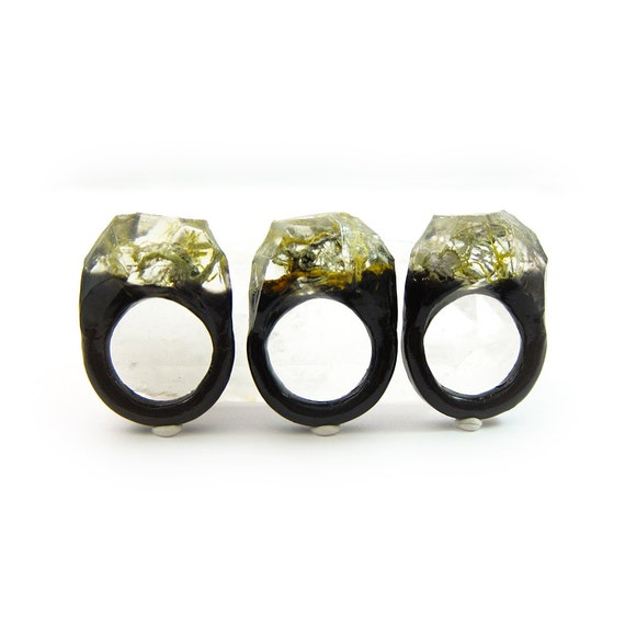 Moss Resin Ring • Nature Inspired Rings • Terrarium Ring • Terrarium Moss Jewelry • Botanical Ring •  • Size 9