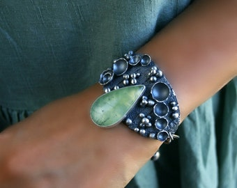 De la forêt - Prehnite Bracelet en argent Sterling en forme de larme