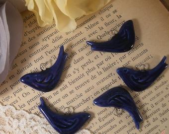 4 - Bird Charms, DARK BLUE Porcelain, Small Bird, Vintage style Jewelry Supplies (P034)