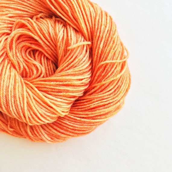 PAPAYA hand dyed yarn