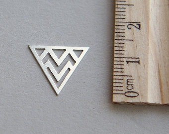 Triangle Charm, Silver Triangle Charm, 925 Sterling Silver Charm, Sterling Silver Triangle Charm, Silver Geometric Charm, 14mm ( 1 piece )