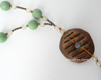 Boho Pendant Green, Boho Pendant Brown, Ethnic Pendant Brown, Polymer Clay Pendant, Statement Necklace, Brown Green Pendant, Quartz Necklace