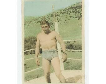 Vintage Snapshot Photo: Wrestler [Hand-Tinted] c1930s [85676]