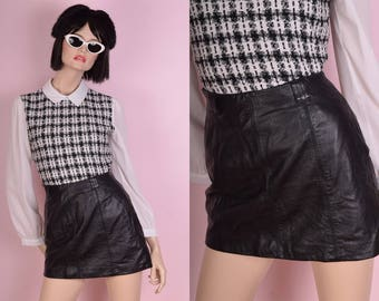 90s Black Leather Mini Skirt/ US 4/ 1990s
