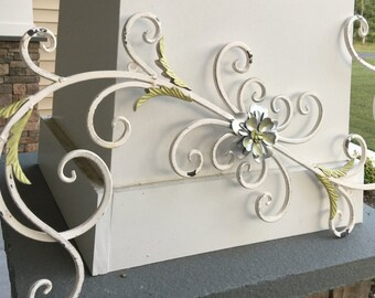 Wall Decor/ Metal Wall Decor/ Swirl and Flower Decor/ Shabby Chic Wall Decor/ Bedroom Wall Decor/ Wall Hanging