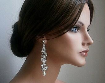 Mariage boucles d'oreilles modernes mariage cristal et perles de crème mariées boucles d'oreilles Chandelier vente