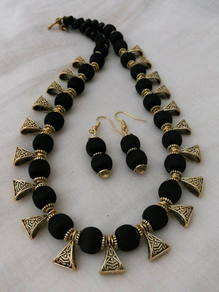 necklace matching with yellow silk set jhumkas thread black