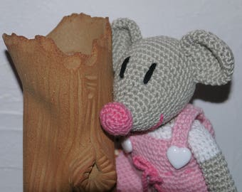 mischievous little romantic mouse with his little SHIF dress