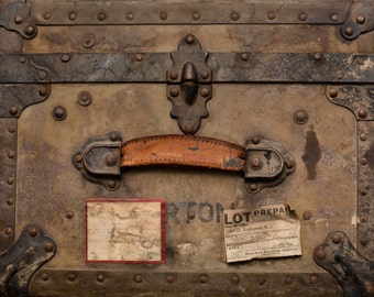 Antique Belber Trunk & Bag Co. Military Footlocker, U.S. Army, Shipping Labels, Addressed to Cousin of Charles Lindbergh's Wife