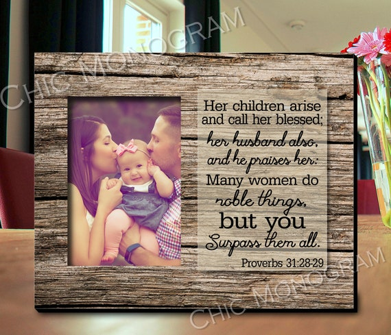 Mother's Day Gift Proverbs 31 Woman Bible Verse Photo Frame Gift From Children Gift for Mom From Daughter Picture Frame Rustic Custom Quote