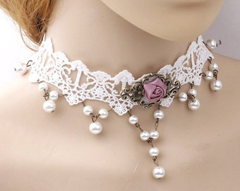 Very fashionable this lace necklace Pearl and pink fabric