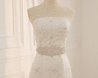 Vintage Rhinestone Bridal Sash/ Embellish Sash / Wedding Sash/ Bridal Belt/ Crystal Wedding sash