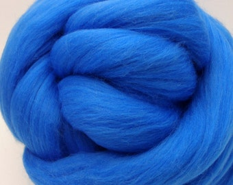 4 oz. Merino Wool Top - Sky Blue - Ships Free