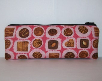 "Pipe Pouch, Chocolates Bag, Pipe Case, Pipe Bag, Girlfriend Gift, Padded Pipe Pouch, Stoner Girl Gift, Cute Bag, Zipper Pouch - 7.5"" LARGE"