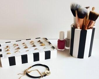 Ring holder, Pencil holder, ring display stand, beauty guru gift, makeup brush holder, jewelry organizer, desk organizer, Vanity Organizer