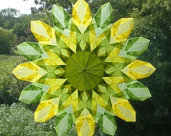 Green and Yellow Sunburst Window Star with 16 Points