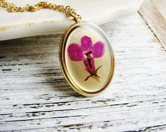 Pink Flower Necklace, Resin Jewelry, Pressed Flower Necklace, Lobelia Flower, Plant Necklace, Botanical Real Flower Pendant, Nature Jewelry