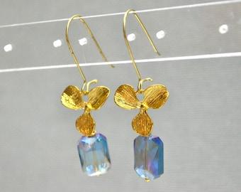 Gold blue crystal earrings