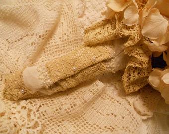 alabaster and lace antique lace cream bouquet sleeve wrap