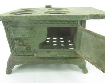 Metal Toy Stove, Eagle Cast Iron Stove, toy oven, small stove, collectible, pressed metal,