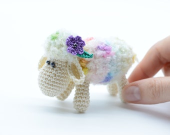 Miniature sheep toy, Birthday gift, little sheep decoration, Amigurumi sheep, white sheep, stuffed sheep, plush toy gift
