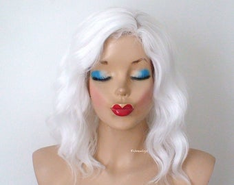 White wig. Snow white hair wig. Short wig. Beach waves hairstyle wig. Durable heat friendly wig for everyday wear or Cosplay.