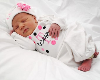 Baby Girl Coming Home Outfit - Baby Girl Gown Set - Polka Dots - Personalized Gown - Personalized Hat with Flower - Baby Shower Gift