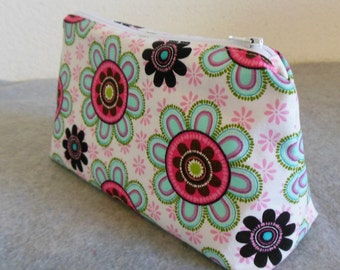 Cosmetic Bag - Big Flowers