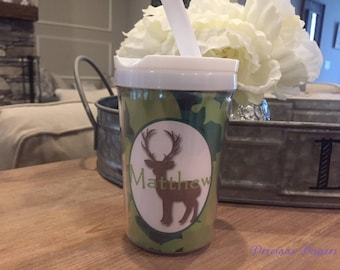 Personalized camo deer kids cup with a lid and straw - Boys deer personalized cups - hunting theme cup with camo design