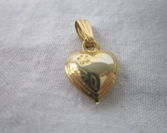 Vintage Gold Tone Puffy Heart Charm or Pendant