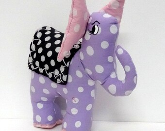 Elephant with polka dots large zoreilles, blanket, toy or decoration in purple cotton fabric with white polka dots