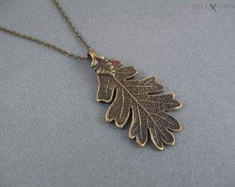 Pendentif en Bronze feuille de chêne de ranger apprenti