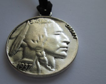 Necklace suede black with pendant Indian buffalo 40 mm