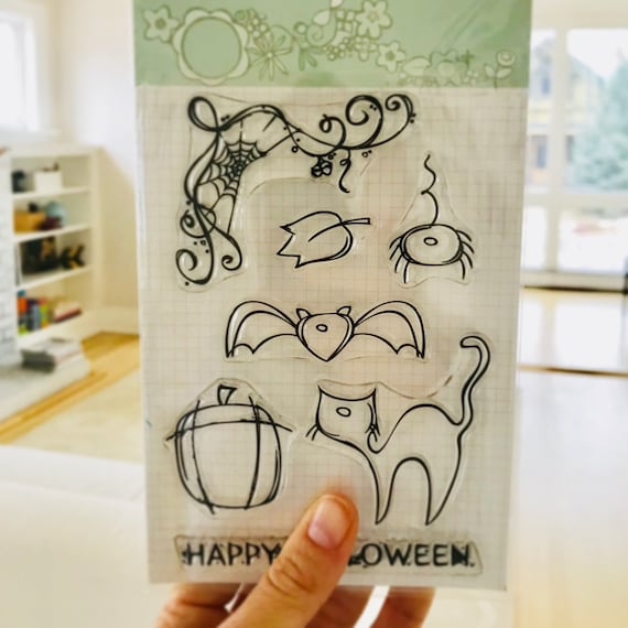 Happy Halloween // Clear Stamps // Stamping // Halloween // Holiday Stamps // stamp set