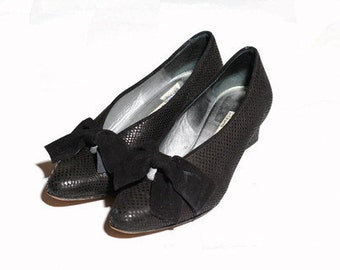 Vintage 1970s D'Rossana by Charna Velvet Bow Heels size 7.5M