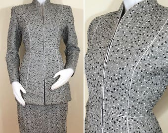 Vintage Mary McFadden Collection Gray Nubby Tweed Silver Wool Suit, Blazer and Pencil Skirt, Size XS to Small