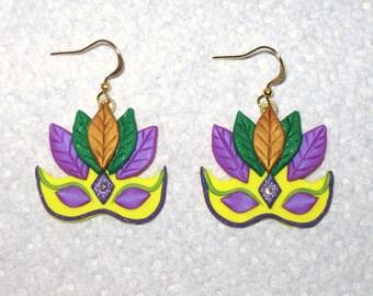 Mardi Gras Earrings,Mask Earrings,Mardi Gras Feather Mask Earrings,Mardi Gras Mask,Yellow Green Purple Earrings,Polymer Clay,Gold Earrings