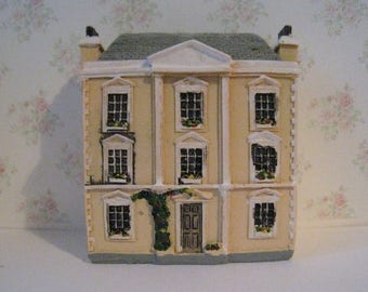Dollhouse for dollhouse, toy dollhouse, dollhouse,, yellow dollhouse,dollhouse for a dollhouse,. tiny dollhouse, 1/12th scale miniature