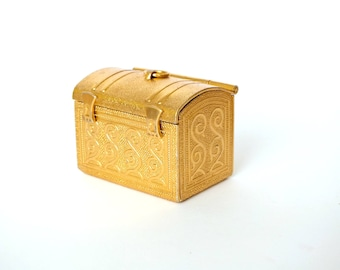 Vintage Russian Folk Box. Vintage Soviet Metal box 70s. Small Metal Jewelry Box. Secrets Box. Gold Tone Metal Embossed Box. Treasuries Box.