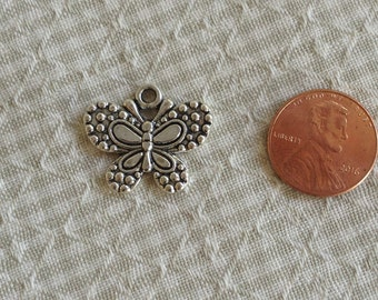 6 Silver Alloy Butterfly Charms, Pendants C87