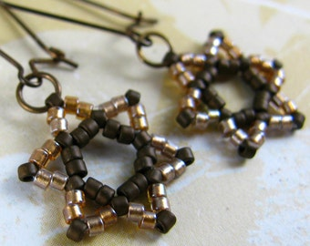 BOKER gold brown star of david earrings, beadwoven judaica magen david, light gold beads, solid brass earwires