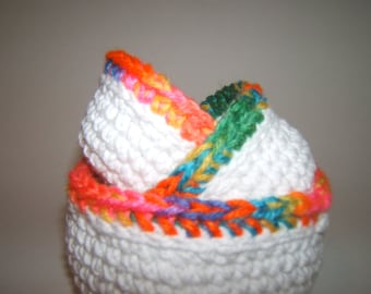 Crochet Nesting bowls white with bright border set of 3